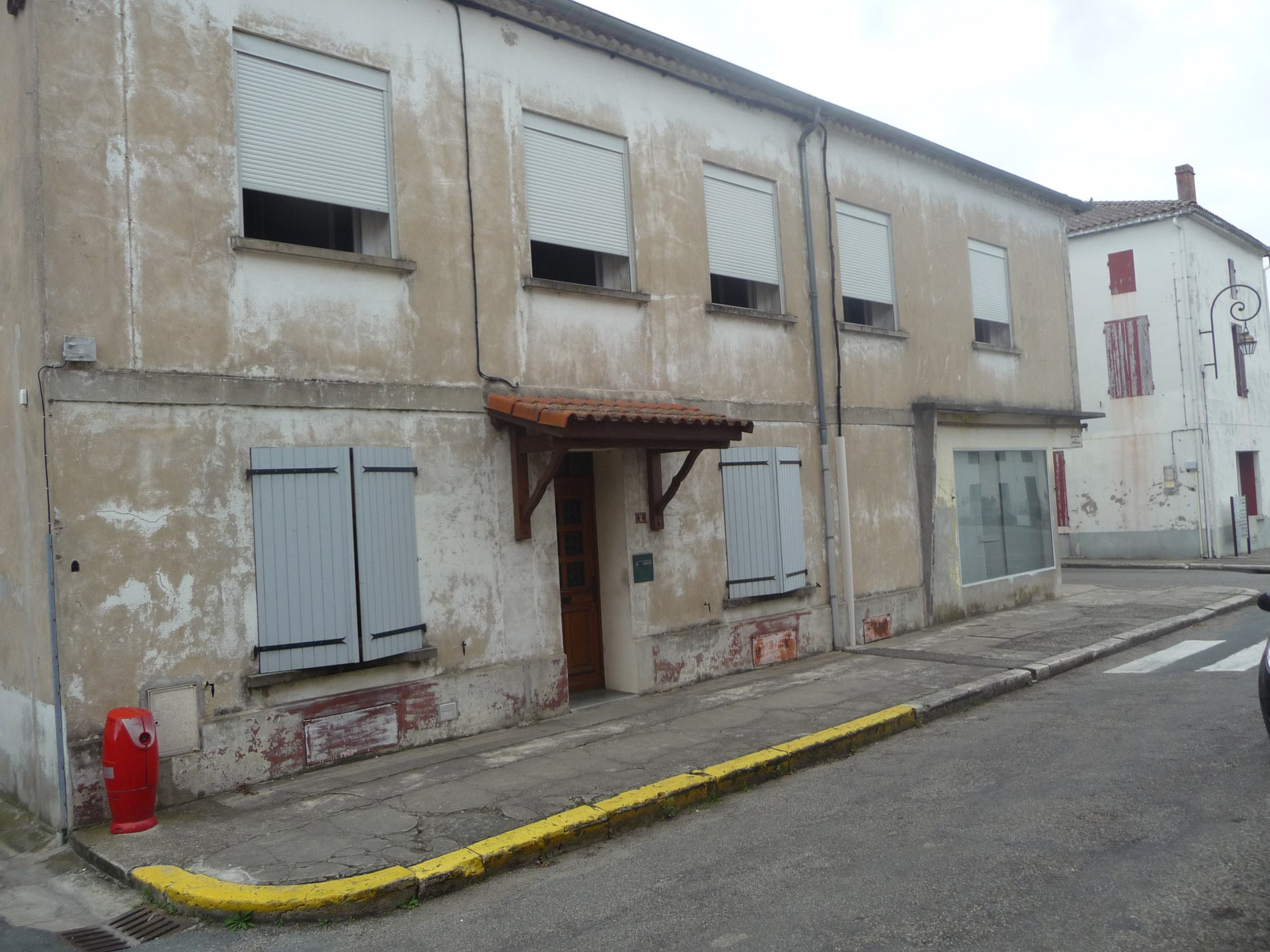 Maison villa en vente damazan au prix de 81 000 - La maison du radiateur ...